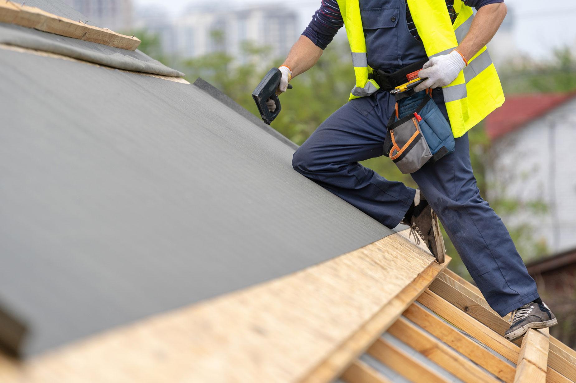 Rénovation d'une toiture : quel est le prix au m²